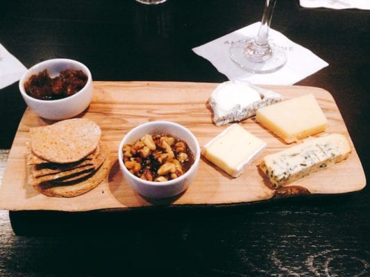 Walking food tour: Cheeseboard at the Anchor Line
