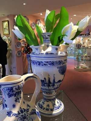 Delft Pauw pottery