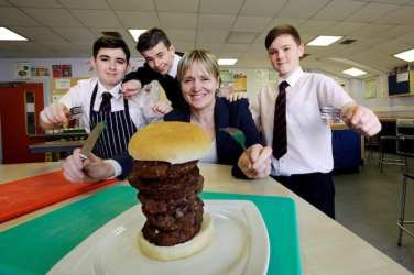 Lochend Community High School, Easterhouse, Glasgow21.3.17The event is the final stage of a Scotbeef competition to create a new burger recipe.The winning recipe will be chosen today by Marion MacCormick, buying director atAldi, and will go on sale in Aldi stores across Scotland.Free PR Use for Weber Shandwick.Further information available from:Sarah Ward Senior Account Executive Weber Shandwick T 44 (0)141 343 3259 M 44 (0)7809 665 773 E sward@webershandwick.com www.webershandwick.scot Twitter@wardsward Weber Shandwick, The Hub, 70 Pacific Quay, Glasgow G51 1DZ Pictures Copyright: Iain McLean79 Earlspark AvenueG43 2HE07901 604 365www.iainmclean.comphotomclean@googlemail.com07901 604 365ALL RIGHTS RESERVED