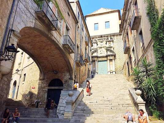 Game of thrones Girona self guided tour