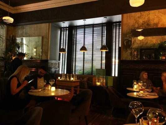 Hutchesons City Grill Veuve Clicquot