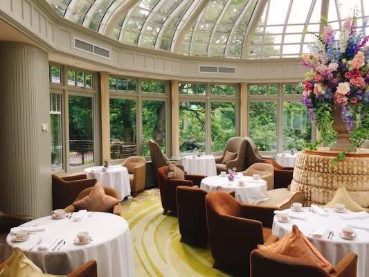 GalgormResort_conservatory tables