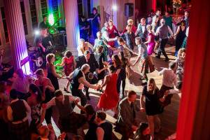 Scottish Fan Fest - music and dancing