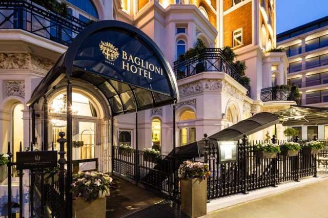 Acqua di Parma Baglioni hotel London Afternoon Tea