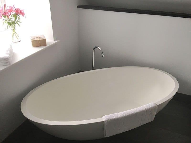 Chapel House, Penzance - Huge bath