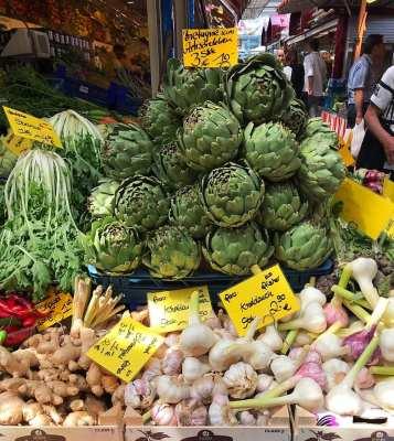 dusseldorf carls platz market