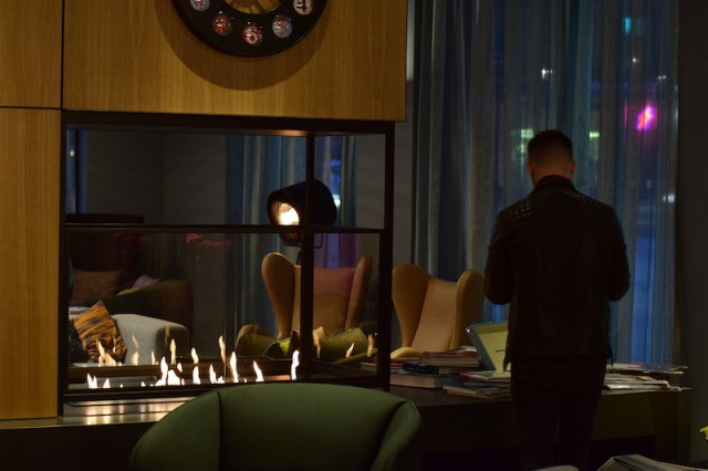 moxy hotel glasgow