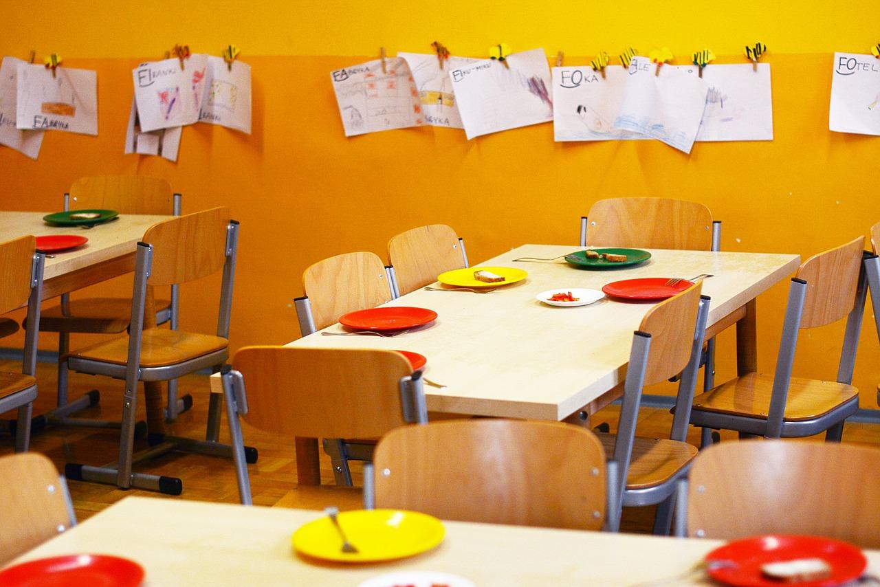 School classroom food