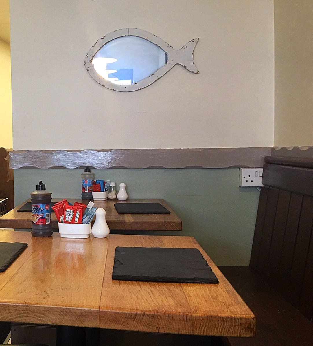 Quinn's Fish cafe comber