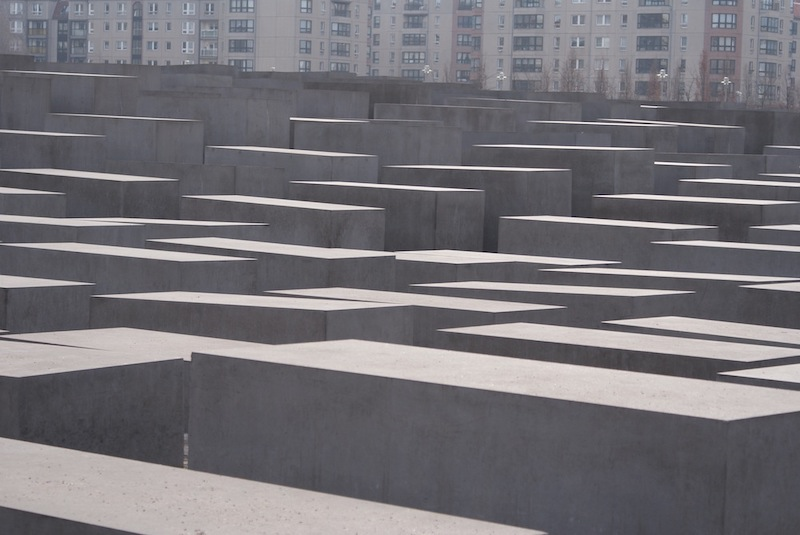 holocaust memorial to the murdered jews of europe berlin