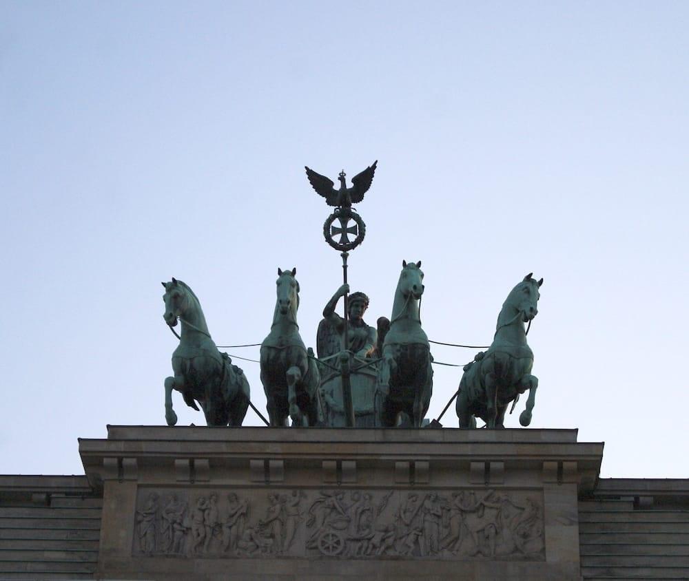 brandeburg gate berlin chariot