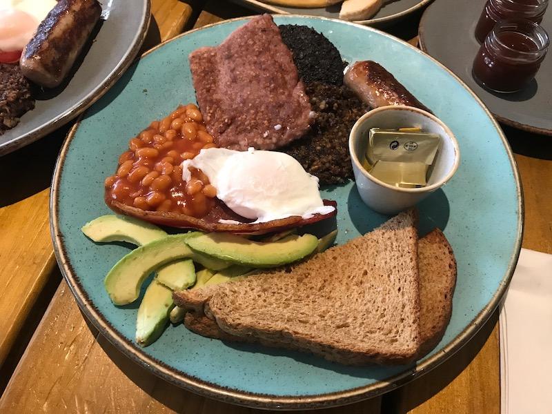 heaven scent milnathort breakfast with avo