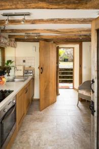 swallow barn kitchen