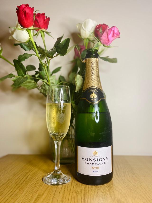 Aldi Christmas wines Champagne