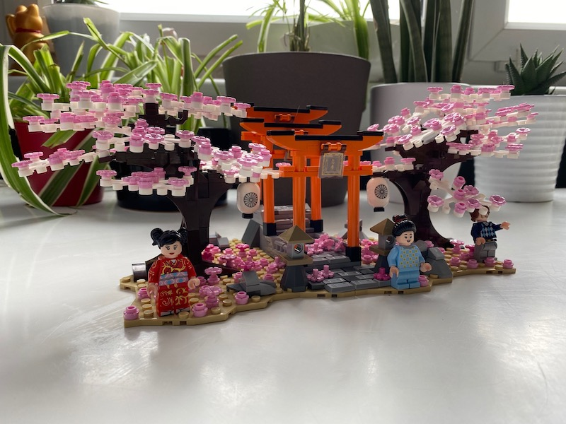 tori gate and sakura lego