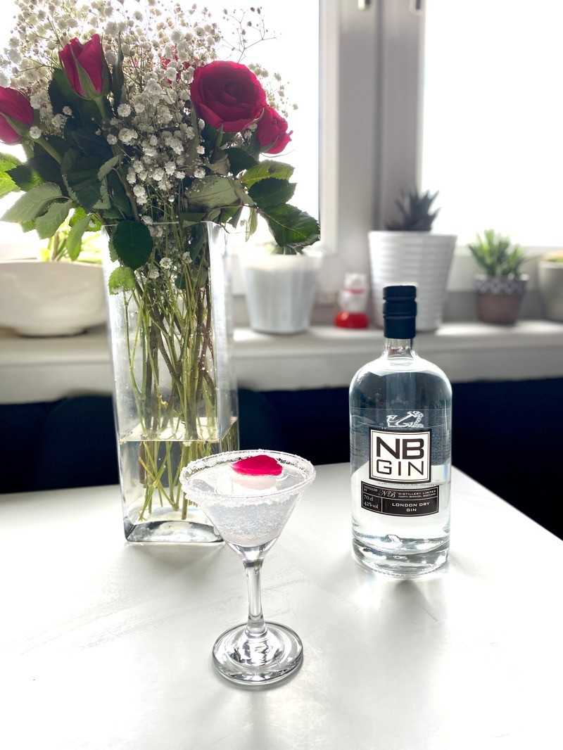 Nb gin cocktail