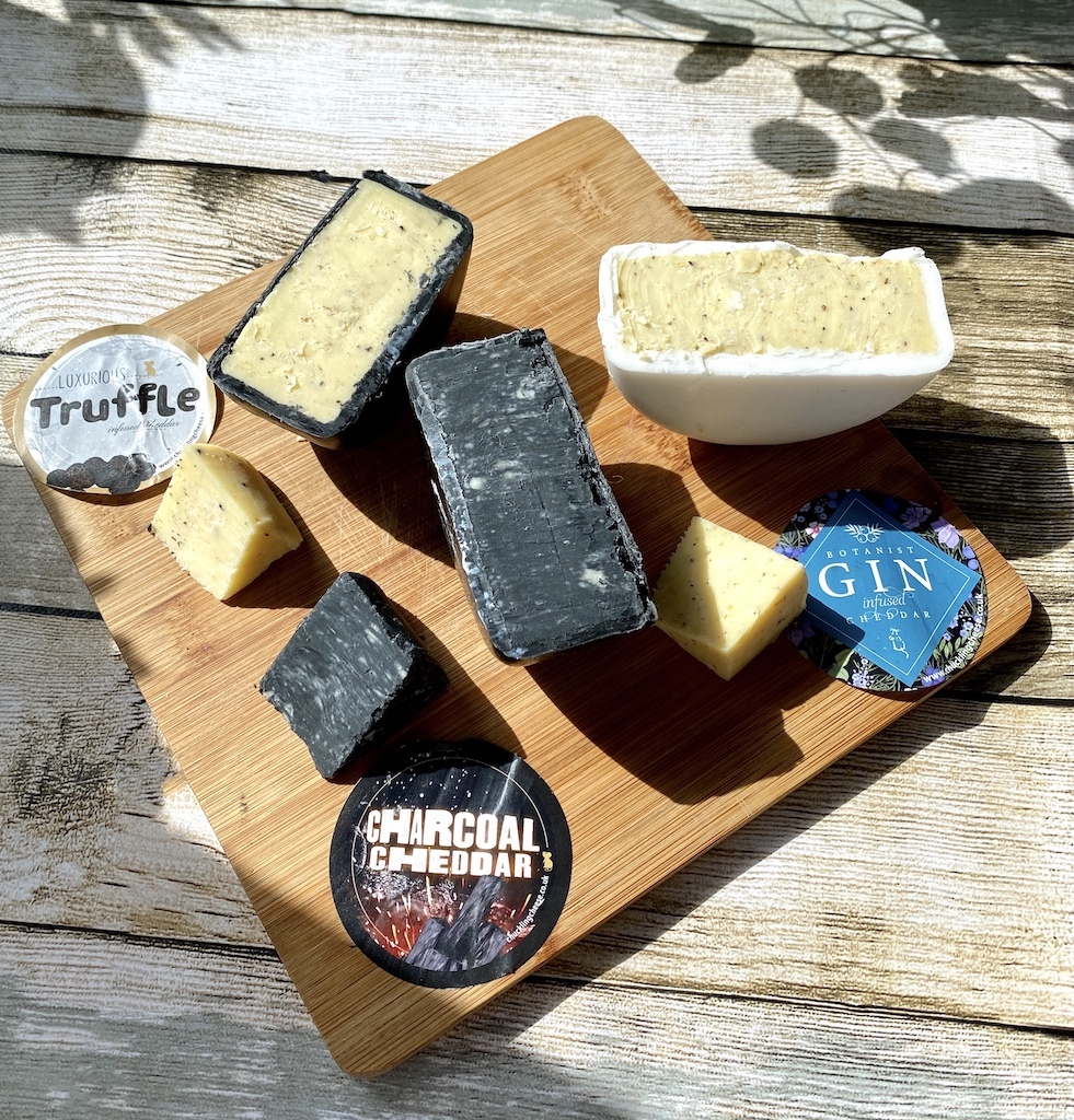 chuckling cheese co truckles