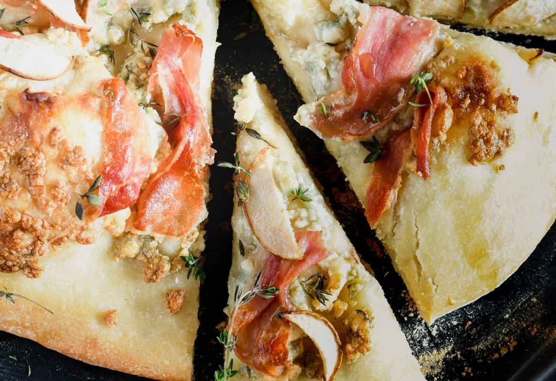 Grilled prosciutto & pear pizza has the perfect crisp crust