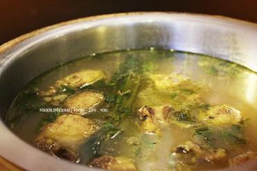 Sup Kambing (Roti dan Mentega)