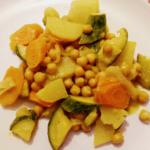 Spadellata di ceci e verdure al curry