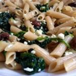Penne ricotta, spinaci e olive taggiasche