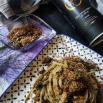 Linguine melanzane, alici capperi e pangrattato