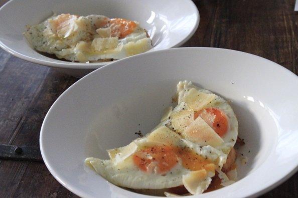 Recet gebakken ei met truffel en toast