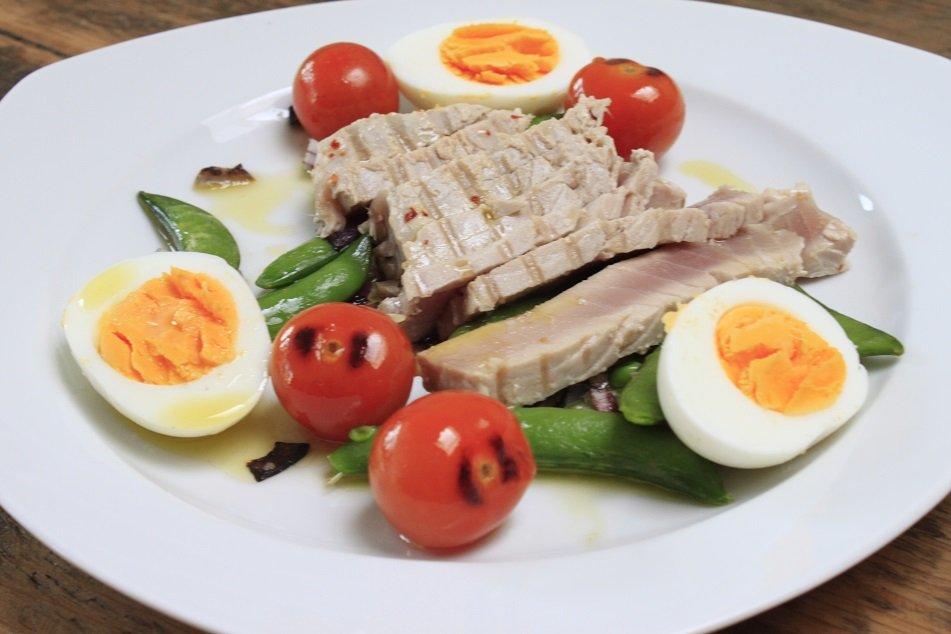Lauw warme tonijnsalade foodinista recept