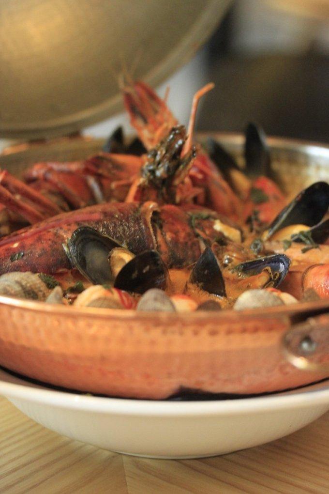 Visschotel cataplana signature dish restaurant opporto rotterdam
