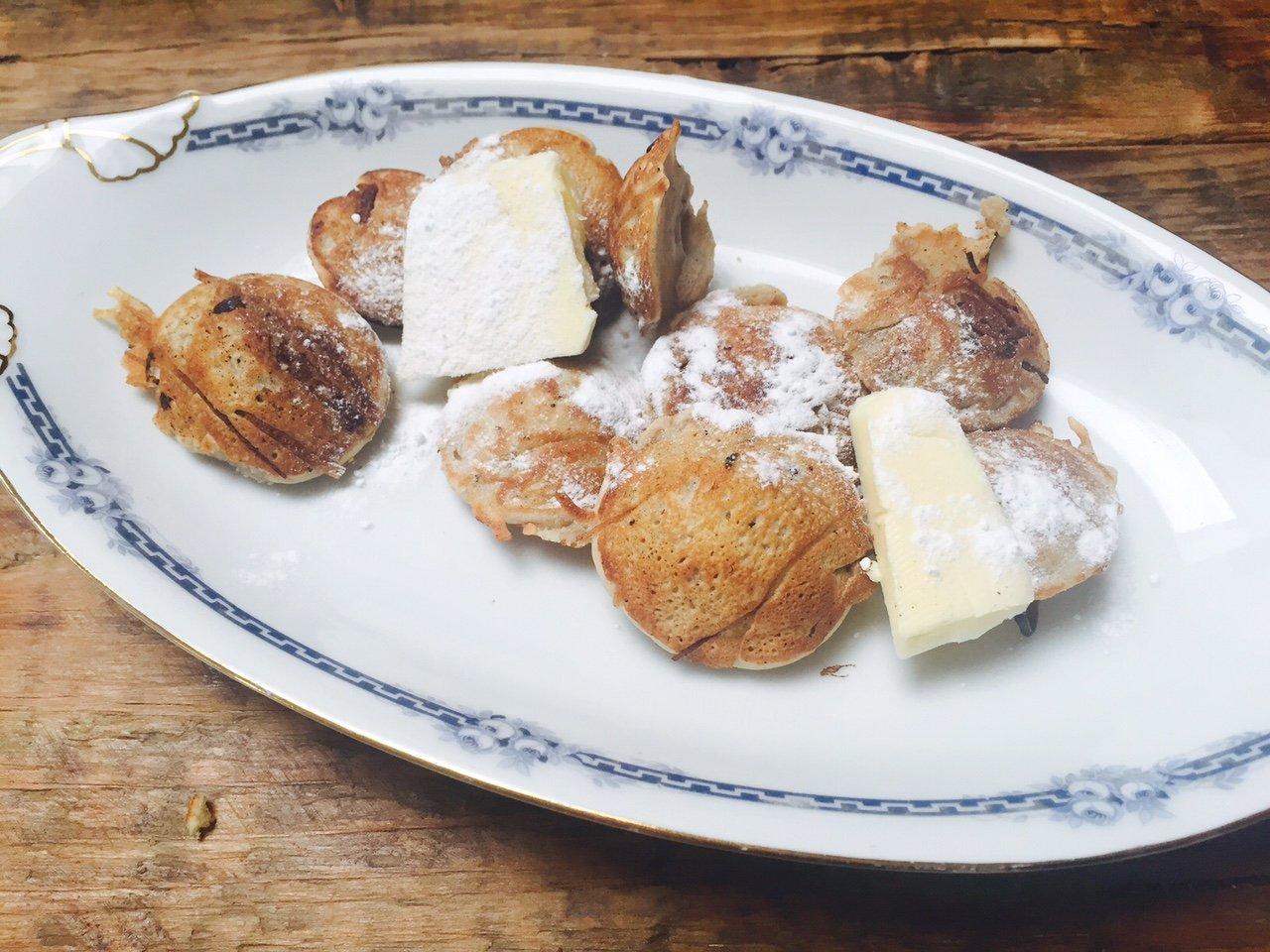 Poffertjes recept van Polles Pannenkoekenboek met kookboek review foodblog Foodinista