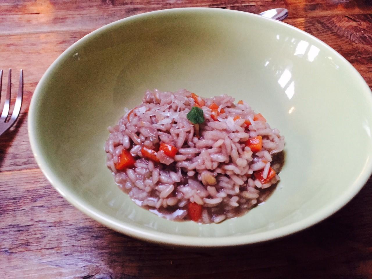 Rode wijn risotto met frisse groente recept van foodblog Foodinista