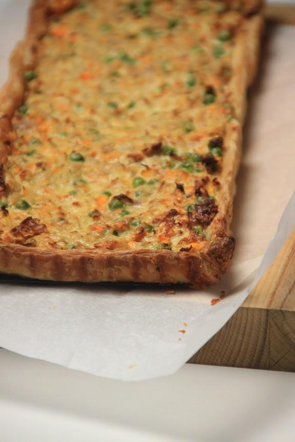 Tonijntaart met bladerdeeg en groente recept foodblog Foodinista