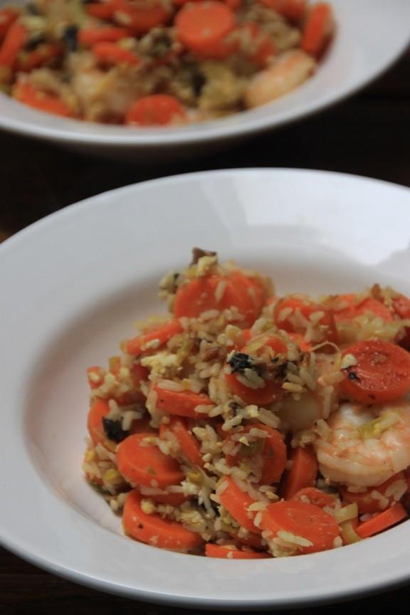 Gebakken rijst zoetzuur met garnalen recept van foodblog Foodinista