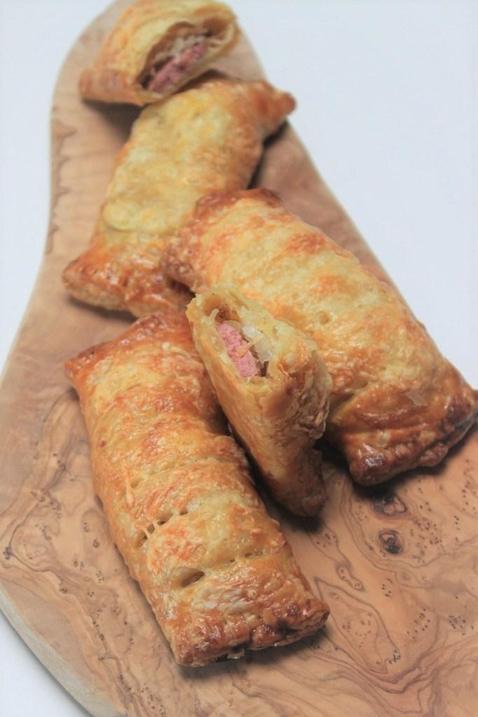 Broodjes met zuurkool en rookworst recept van Foodblog Foodinista