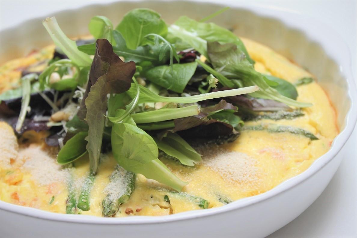 Frittata met groene asperges en zalm recept van Foodblog Foodinista