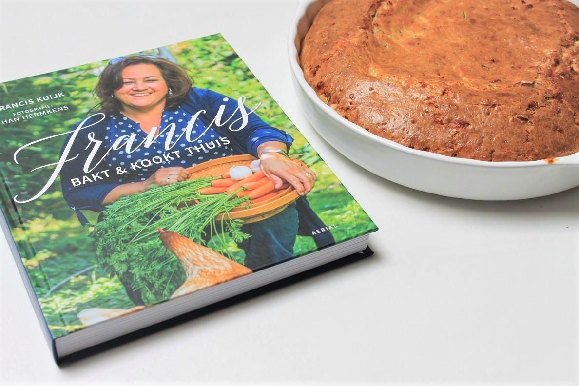Courgette plaatcake van Francis Kuijk Heel holland Bakt Receptenblog Foodinista