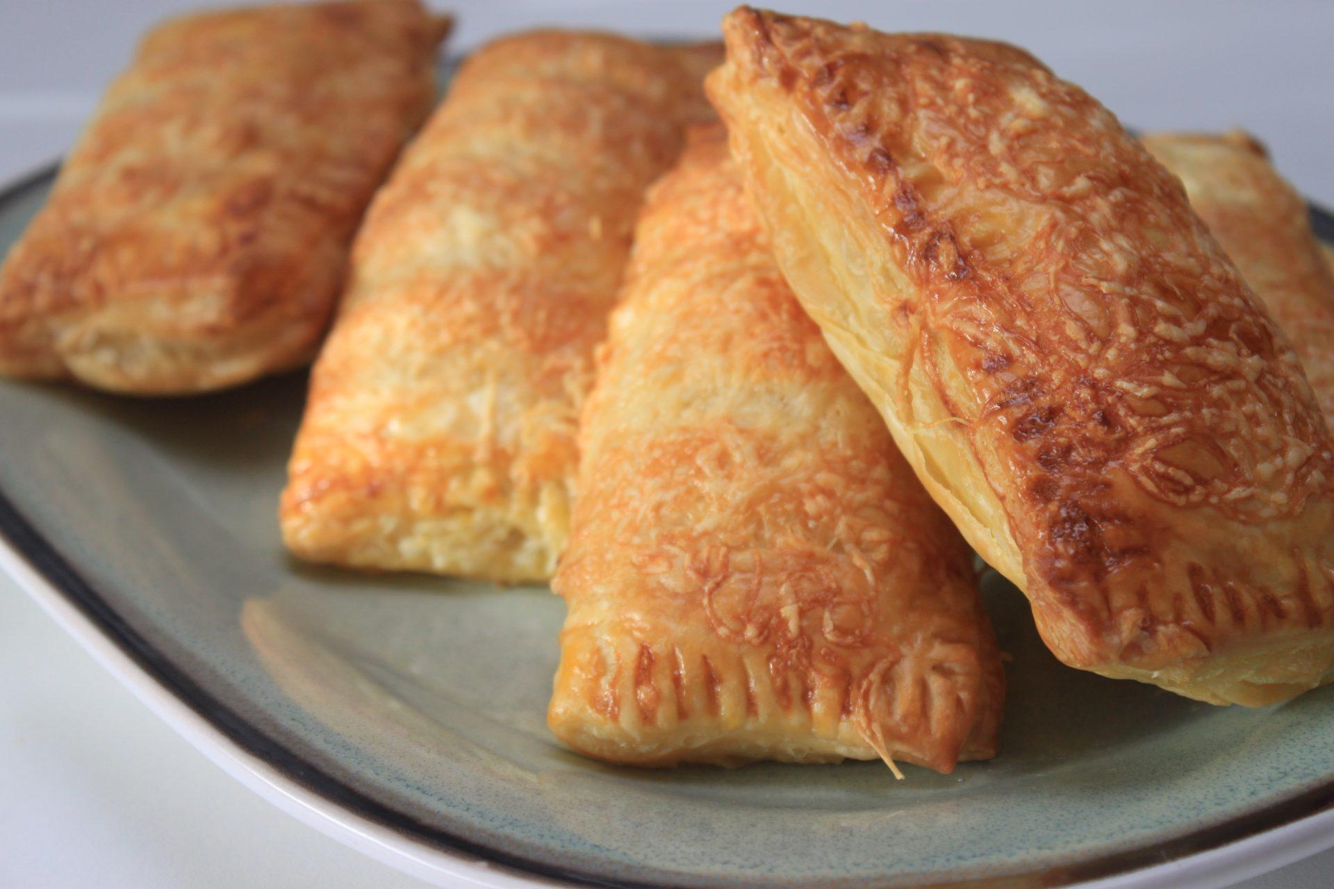 Kaasbroodjes met kaasragout recept van Foodblog Foodinista