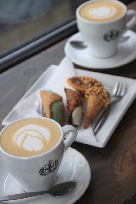 Italiaanse koffie en canapés in Foodie in Leeds Foodinista