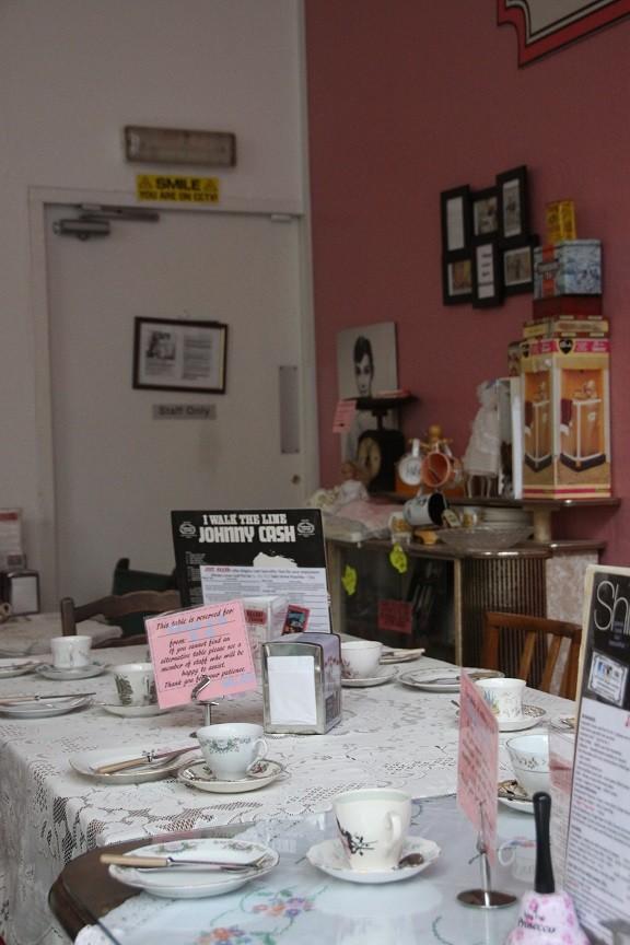 Knusheid bij The Grand tearoom in Leeds