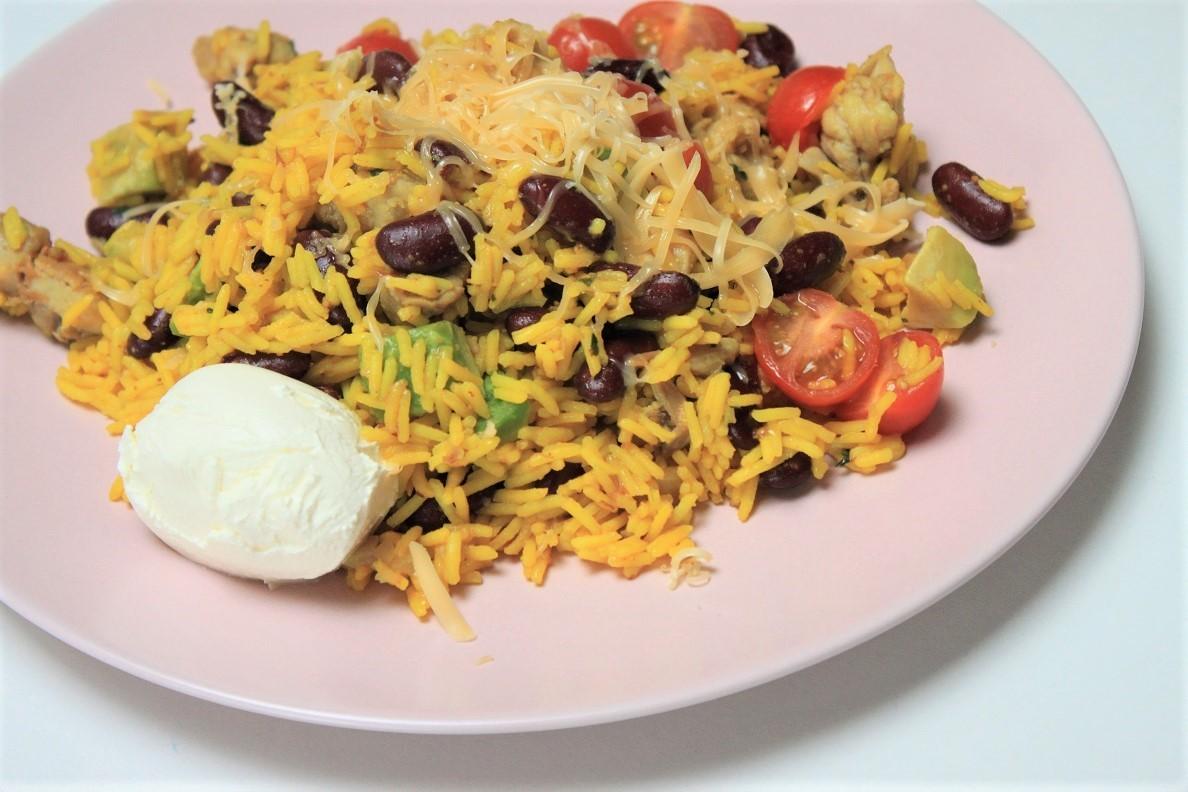 Mexicaanse rijst met kip en avocado recept foodblog Foodinista