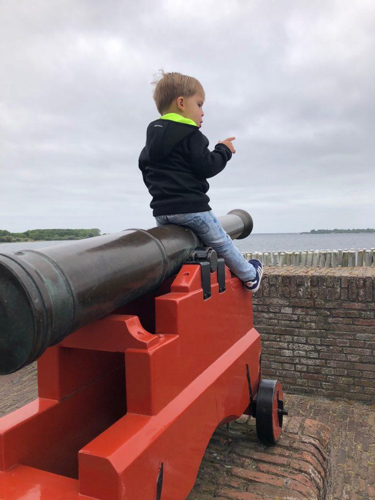 Kanonnen bij Veere tips in Zeeland reizen met kinderen