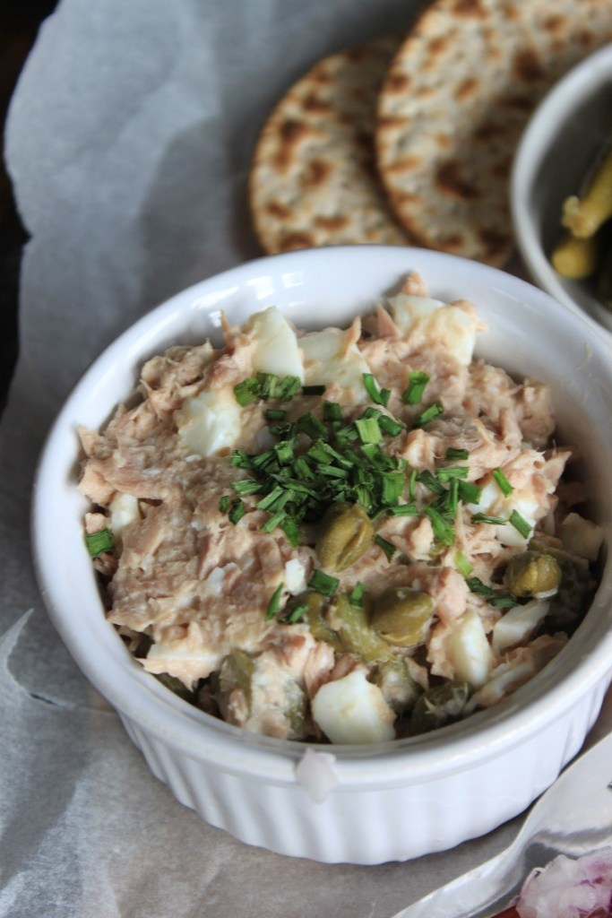Simpele tonijnsalade Vis Borrelplank recept van Foodblog Foodinista