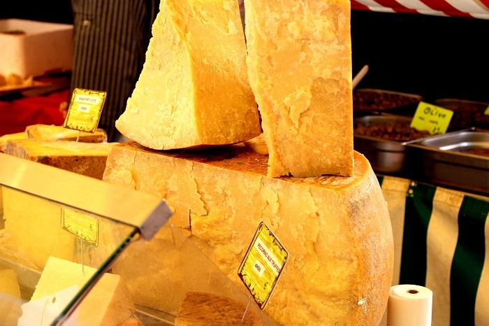 Reggiano Parm Cheese