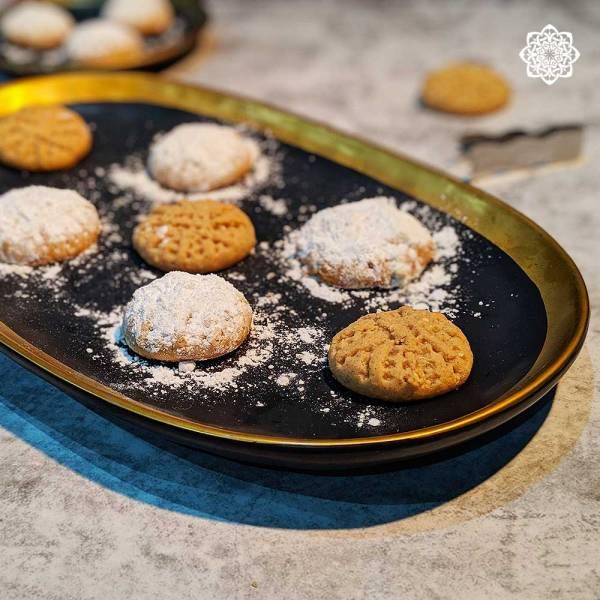 Egyptian Dessert (Eid Cookies [kahk] كحك العيد)