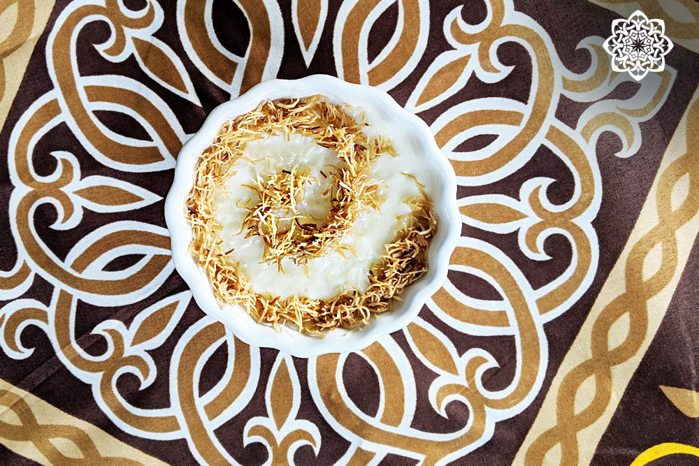 Egyptian/Middle Eastern Dessert (Rice Pudding أرز باللبن) with Kunafa topping