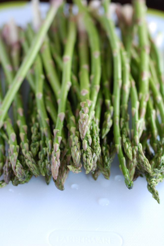 Asparagus with Soy Sauce and Honey is a quick and easy side dish.