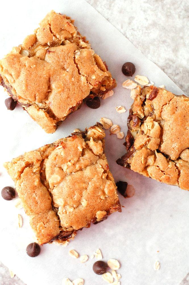 Oatmeal Fudge Bar recipe cut into squares