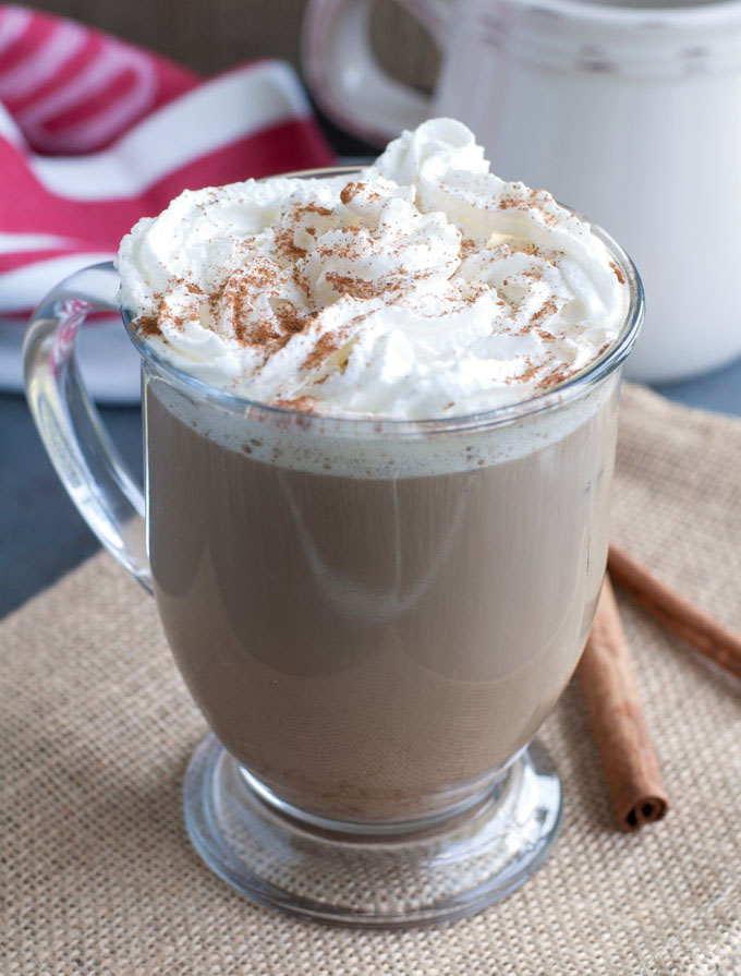 cinnamon roll latte