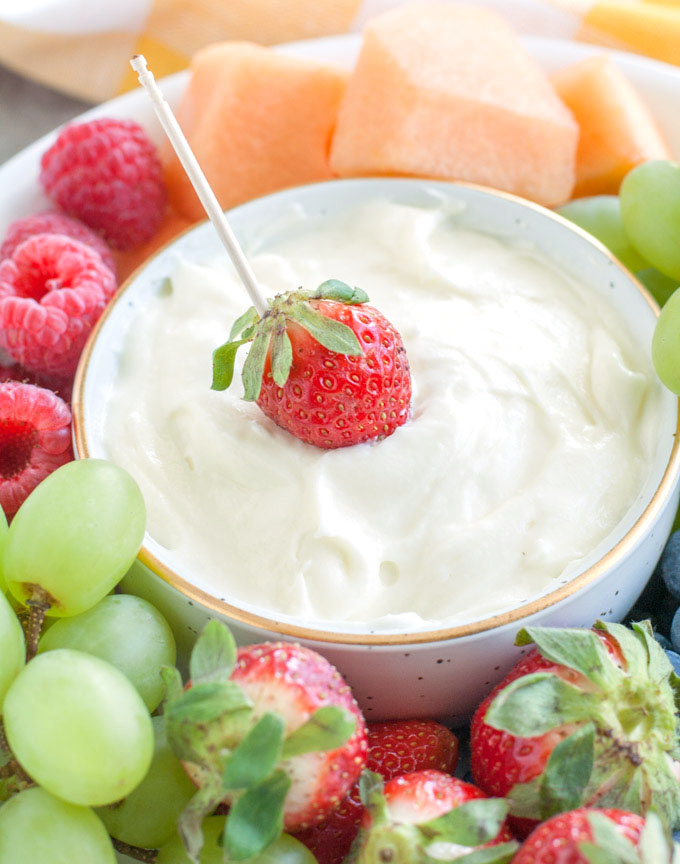 Marshmallow Fluff Fruit Dip