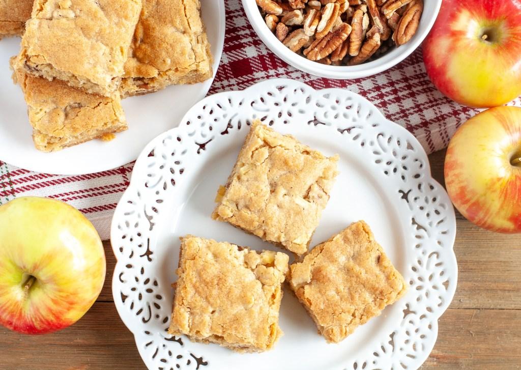 Cinnamon Apple Nut Blondies
